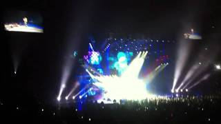 Miley Cyrus: Gypsy Heart Tour Australia - Smells Like Teen Spirit (Nirvana Cover)