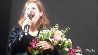 Christine And The Queens & son humour - Nantes (30.09.2015)