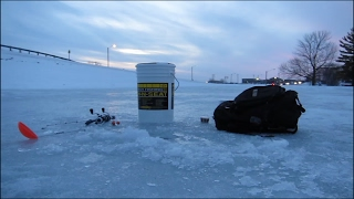 LAST ICE of 2017: Jigging for Panfish | Wisconsin Fishing and Outdoors