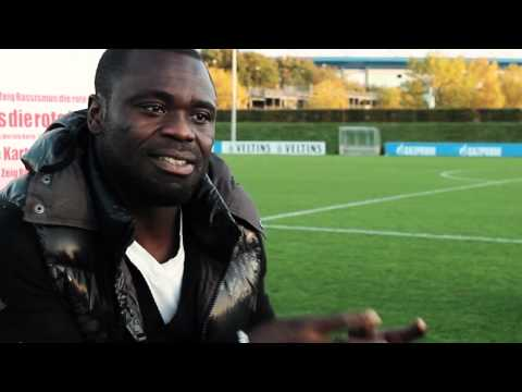 Gerald Asamoah Im Interview Für Den Show Racism The Red Card Dokumentarfilm
