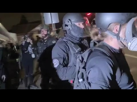 Rioters posing as press taken by surprise when they were all arrested by Portland Police