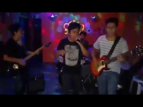 Download Lejos (cover) en vivo - Mazivo