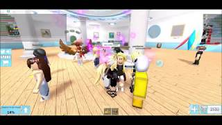 Roblox: Shark Bite (My friend IVY is the Shark)
