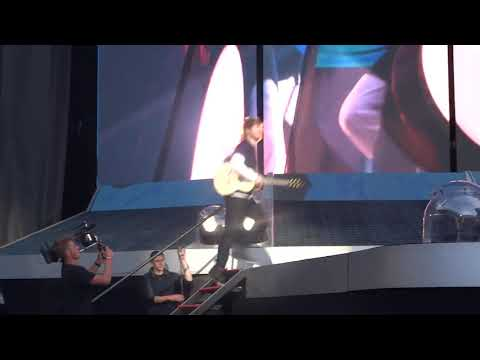 Castle on the Hill  Ed Sheeran  Manchester 240518