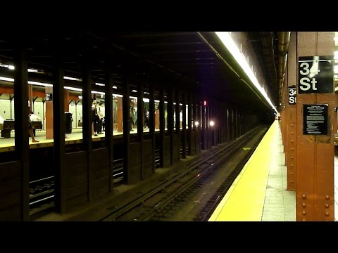 BMT Broadway Line: 34th Street - Herald Square (R46, R160)