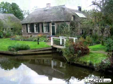 GIETHOORN Venice of Holland