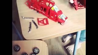 видео Почему ребенок ломает игрушки