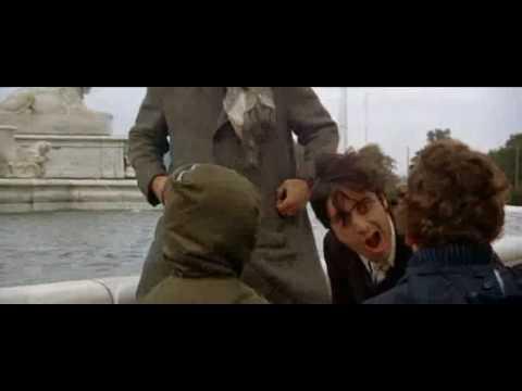 Scarecrow(1973) Pacino, Hackman in fountain scene