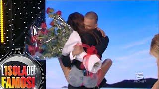 L'Isola dei Famosi - Il fidanzato di Gracia le fa una sorpresa durante la Finale