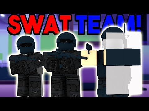 SWAT TEAM TROLLS SERVERS ON MAD CITY! (ROBLOX)