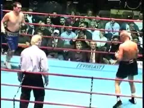 Chris Mills (24-1) vs Danny Sheehan (8-16) rounds 5 and 6