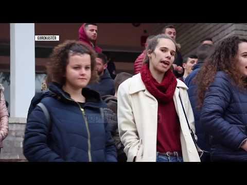 """Studentët nëpër rrethe Shkodra e Elbasani """"mësyjnë"""" Tiranën - Top Channel Albania - News - Lajme"""