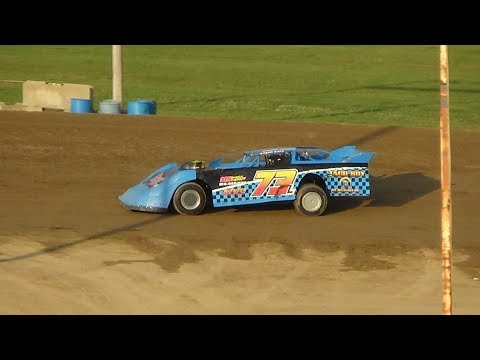 Late Model Heat Race #1 at Crystal Motor Speedway, Michigan on 07-22-2017.