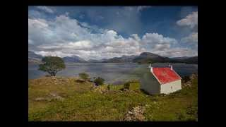 ♫ Scottish Music - Ye Banks & Braes ♫ LYRICS