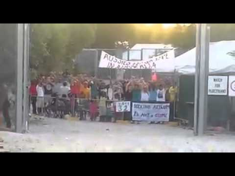 Day 32 of protests by refugees at Nauru detention center
