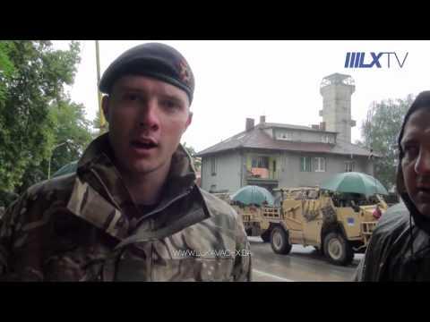 [Lukavac-x] Britanski vojnici učestvovali u ciscenju ulica Lukavca