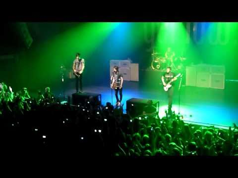 [HD] All Time Low- Intro & Keep the change... | AB Brussel