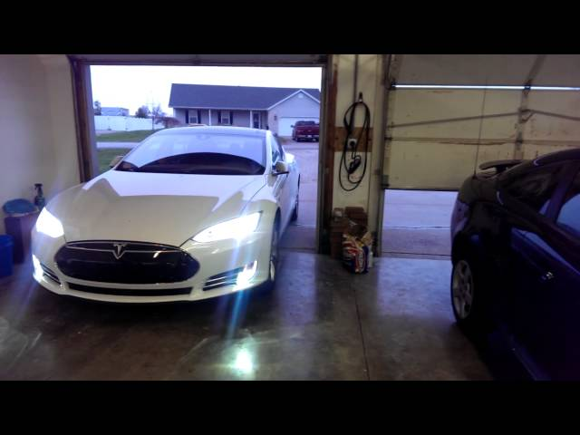Tesla Model S Can Now Drive Without You | TechCrunch