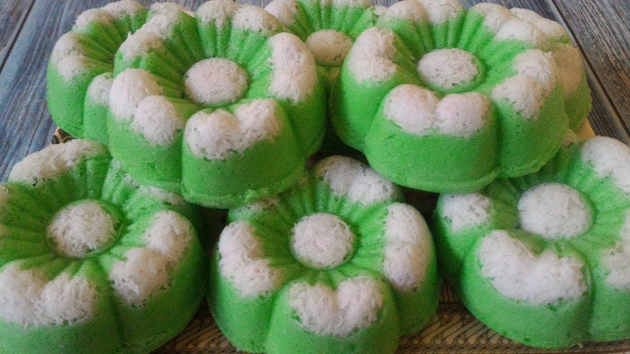 Putu Ayuputri Ayu Pandan Coconut Steam Cake