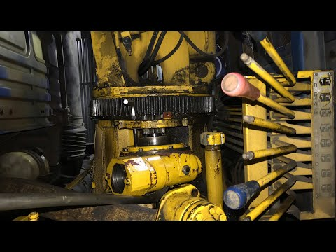 КМУ SOOSAN SCS736L2. Заявленный ремонт - переборка редуктора и замена пальца колонна-стрела