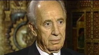 Talking Heads: Shimon Peres (Aired: August 2002)