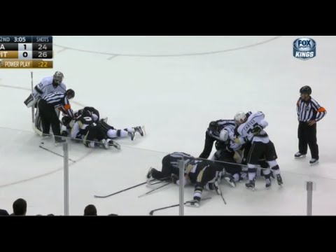 Malkin Goes After Carter Following Slash - Scrum Ensues