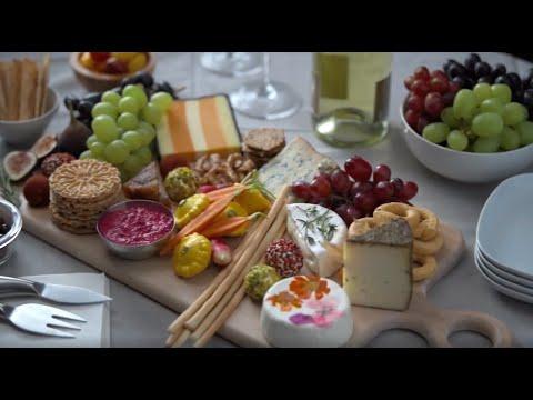Grapes Grazing Board