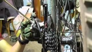 Как настроить задний переключатель(В этом видео подробно рассказал и наглядно показал как настроить задний переключатель велосипеда., 2015-06-15T19:44:41.000Z)