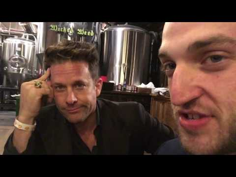 Vlog #27: Gig at Wicked Weed Brewery and Karaoke