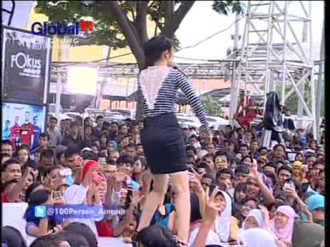 SITI BADRIAH Live At 100% Ampuh (22-11-2012) Courtesy GLOBAL TV