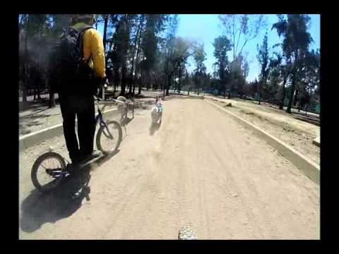 mushing cuarto de milla (1/4 mile) turbo dogs - YouTube