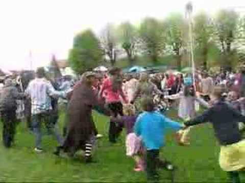 Wheatley, Oxfordshire 2008 - general dancing