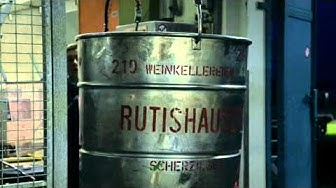 Kelterung des Schloss-Weins bei Rutishauser in Scherzingen