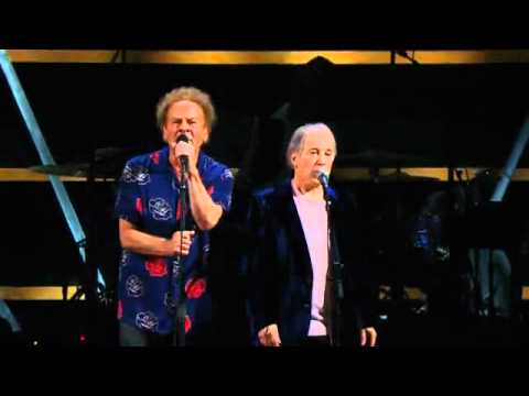 Simon & Art Garfunkel - Bridge Over Troubled Water - Madison Square Garden Live Concert - 2009.flv