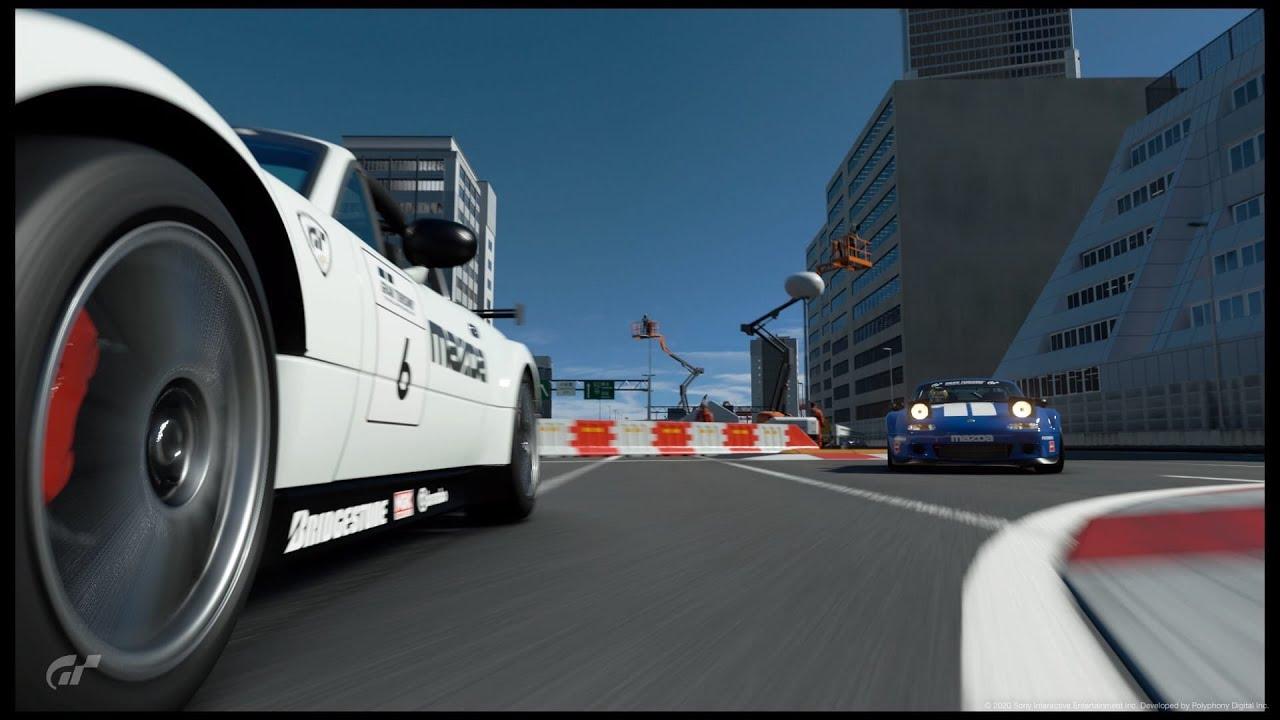 Еще один напряженный заезд в Gran Turismo Sport