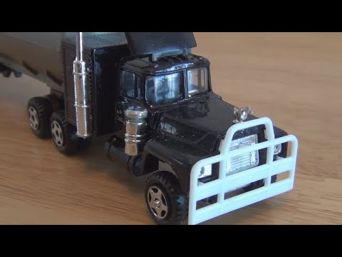Rubber Duck truck from the 1978 movie Convoy
