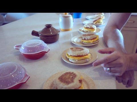 Easy Eggwich: Microwave Breakfast Sandwich Cookoff!