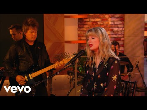taylor-swift---the-archer-in-the-live-lounge