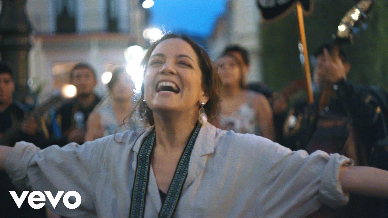 Natalia Lafourcade - Mi Religión (Sesión en Teatro Juárez de Guanajuato)