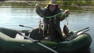 Ловля карася на мормышку весной. Fishing for carp fishing tackle huge.(В данном видео о рыбалке речь идет о карасе и ловле карася на мормышку. Каждую неделю эксперты исследуют..., 2013-12-05T04:03:37.000Z)