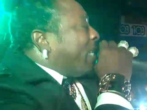 ELEPHANT MAN LIVE IN COSTA RICA CLUB PEPPERS NOV 2015   FULL CONCERT