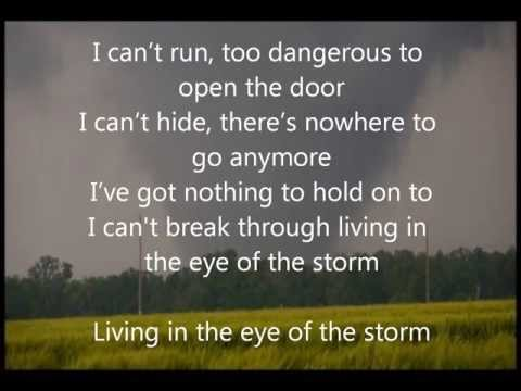 Living in the Eye of the Storm - Trapt - Lyrics