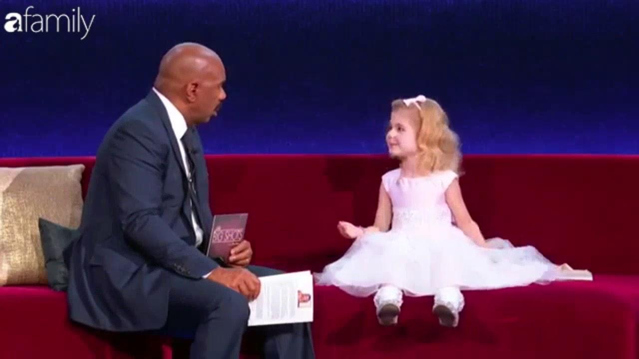 Download Little Big Shots Vietsub - Phát cuồng vì cô bé búp bê 6 tuổi đã xuất bản sách