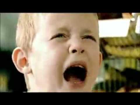 KOPLAK ! Video iklan kondom anak kecil Gagal.  18 ++