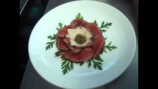 Холодные закуски мясные:Карпаччо из говядины
