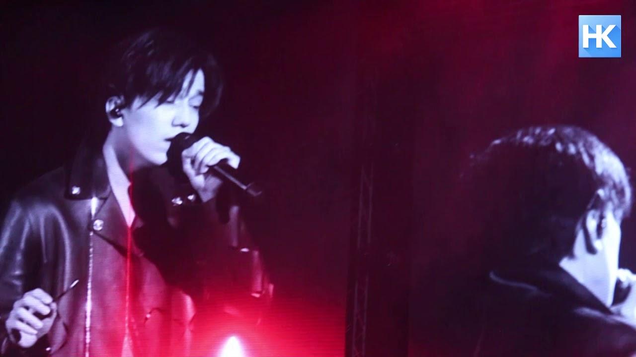На концерте Димаша в Екатеринбурге побывали костанайцы