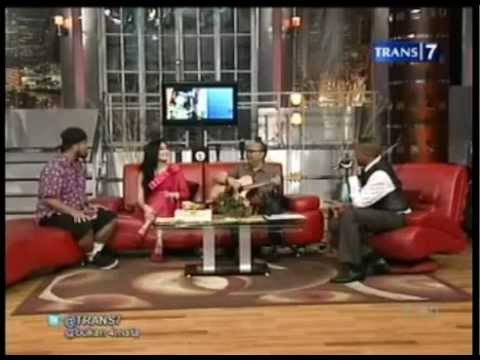 #3 Ebiet G.Ade & Adera - One Night With Ebiet G.Ade - Bukan Empat Mata 04 July 2012 - Trans7.flv