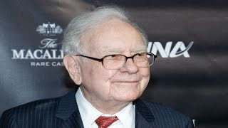 Warren Buffett denies rumors that Berkshire Hathaway is buying PGandE