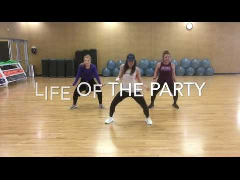 Dance Fitness with Cyndi! Life of the Party  Dawin Dance fitnessHip hop! Zumba fitness