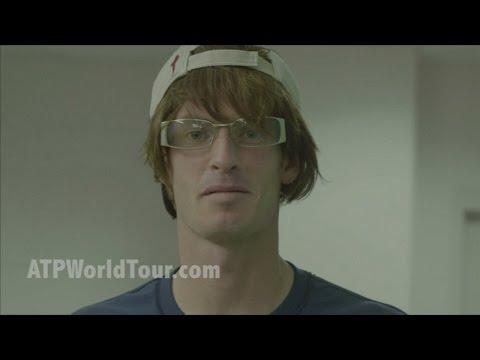 Andy Murray pranks tennis fans in America